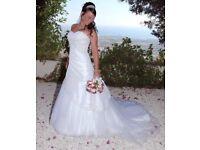 Stunning Christina Rossi wedding dress (rrp over £1000)