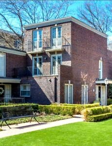 STUNNING TOWNHOME AVAILABLE for RENT at Bloor E/Castle Frank