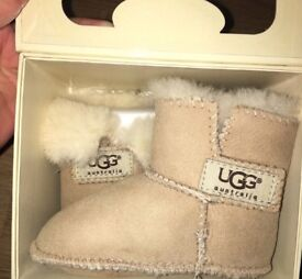 Baby Uggs Size M