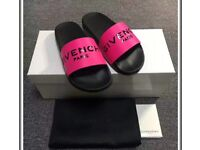 GIVENCHY PINK SLIDERS WITH BOX LABELS & DUSTBAG