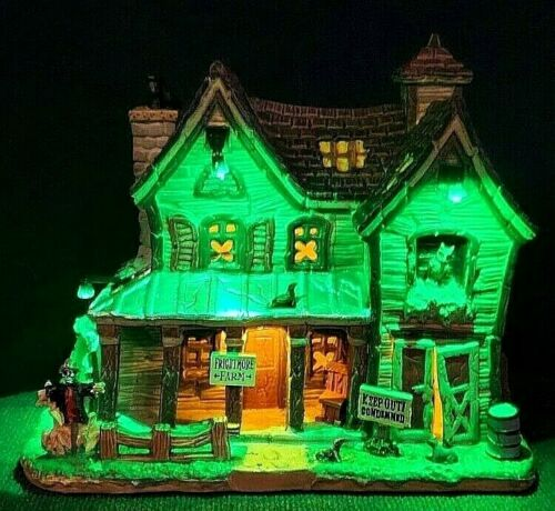 Lemax Spooky Town FRIGHTMORE FARM #05608  NOT OLD MACDONALDS FARM!  BRAND NEW!