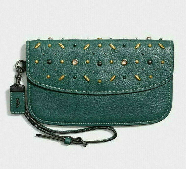 $275 Coach Prairie Rivets Natural Pebble Leather Clutch in D