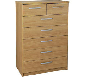 New Hallingford 5+2 Drawer Chest - Oak Effect - Damaged