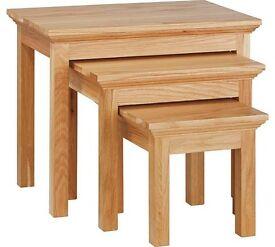 Knightsbridge Nest Of 3 Tables - Oak / Oak Veneer
