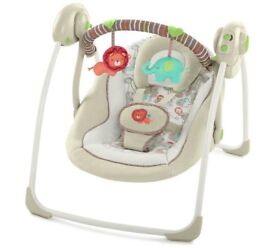 Ingenuity Bright Starts cosy portable baby swing
