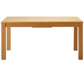 Hemsley Extendable Dining Table
