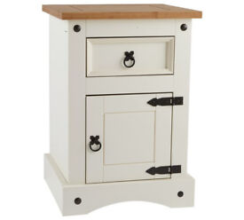 Puerto Rico Bedside Chest - White & Pine