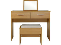 New Hallingford Dressing Table, Stool and Mirror - Oak - Damaged