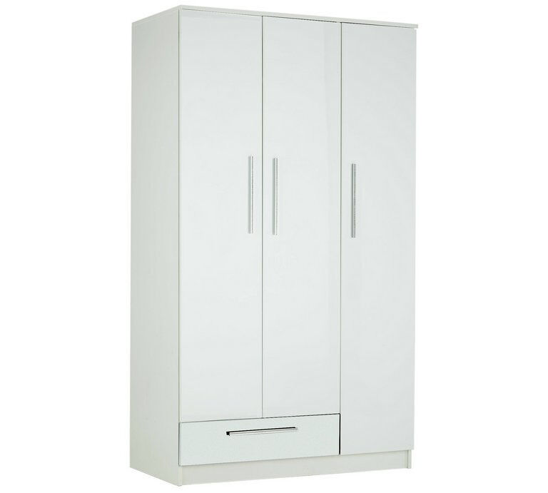 """Collection Sparkle 3 Door 1 Drawer WardrobeWhiteDamagedin Coventry, West MidlandsGumtree - Brand new in box. Not used. Please contact me if interested in this item. Call or message. """"NOTE ITEM HAS DAMAGE ON IT Size H183, W106, D52cm. 67kg. 1 hanging rail. 3 shelves. 1 drawer with metal runners. Plastic handles. Handle size L18, W1.3cm...."""