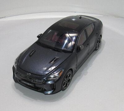 KIA Stinger Modellauto Sammlermodell 1:38 Auroraschwarz Metallic