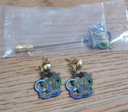 Vintage Women of the Moose -Moose Design Earrings and stick pin WOTM Very Nice!