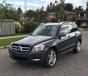 2012 Benz GLK 350 4-Matic, Low KM, Park Assist,Panoramic Sunroof