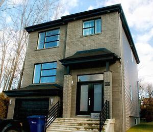 Magnifiques maisons unifamiliales a vendre