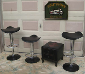 Quality Bar Stool Set  ( 3 )