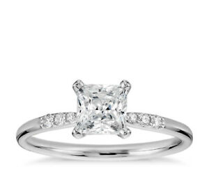 0.46 Carat  Princess-Cut  Solitaire Diamond Engagement Ring