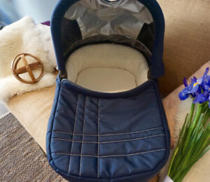 UPPAbaby Bassinet 2014 (Navy Blue) - GREAT CONDITION