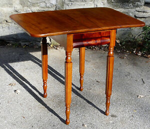 Antique Cherry Drop-leaf Table Kingston Kingston Area image 4