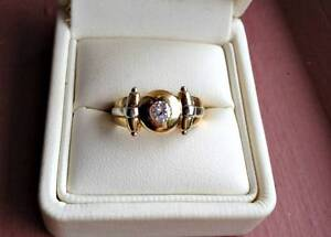 18ct gold diamond engagement ring or pinky ring $3600 Valuation Gymea Bay Sutherland Area Preview