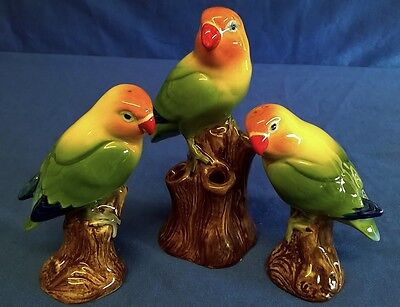 QUAIL CERAMIC ORANGE HEADED LOVE BIRD BUD VASE AND SALT & PEPPER GIFT SET