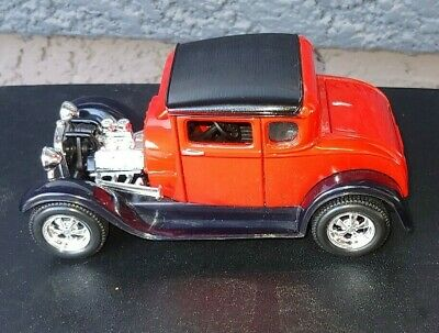 1929 Ford Model A Roadster Diecast Ca 1:24 Scale Limited Edition Red By Maisto