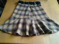 Karen Millen skirt size 8 with leather belt