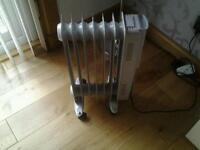 4 Oil filled radiators 2000 watts £50 ono