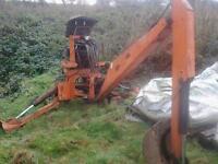 Kubota digger back actor compact tractor digger