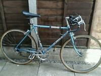 RETRO RALEIGH ARENA ,,,ROAD BIKE, 10 SPEED, 26, WHEELS, GOOD TYRES,