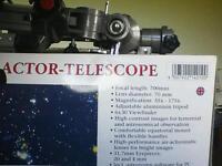 Optus refractor telescope