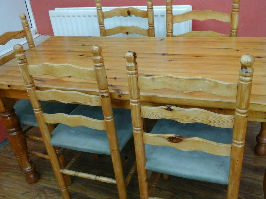Solid Pine Table And Chairs In Glen Parva Leicestershire Gumtree