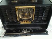 Zenith Trans- Oceanic Radio. Old Valve Type.