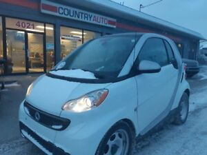 2013 Smart fortwo coupe LOW MILAGE