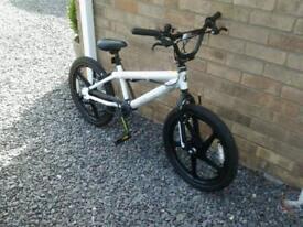 """Bmx zinc 16"""" wheels"""