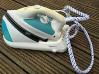 Signature steam iron