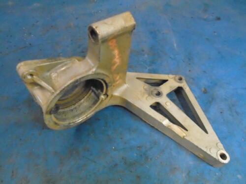 305084 Starter Bracket, 1968-'76 Johnson 33-40 hp