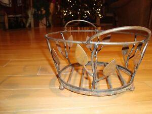 "Wrought Iron Decorative Basket -9"" Diameter With Leaf pattern Kitchener / Waterloo Kitchener Area image 2"