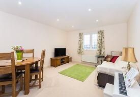 2 bedroom flat in London Road, Headington, Oxford