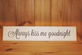 'Kiss Me Goodnight' Plaque..♡