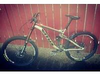 2015 vitus dominer downhill mountain bike