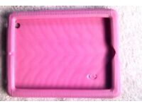Tablet . Laptop . Netbook . Cover . pink rubber . £4 or make an offer :)