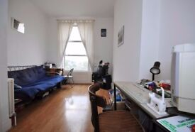 WELL LOCATED 1 BED IN THE HEART OF KENTISH TOWN BRIGHT AND SPACIOUS! ONLY £285 pw AVAIL NOW!