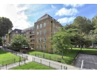 A three bedroom apartment with no reception in the heart of Wapping.