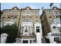 Studio flat in St. Andrews Square, Surbiton, KT6