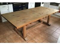 Lovely large pine family kitchen table Measures 228 x 107 x 76 cm tabletop is 3.5 mm thick
