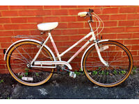 Retro Vintage 1988 Small Ladies Universal Riviera Town Bike