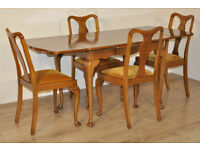Attractive Vintage Queen Anne Walnut Draw Leaf Dining Table & 4 Matching Chairs