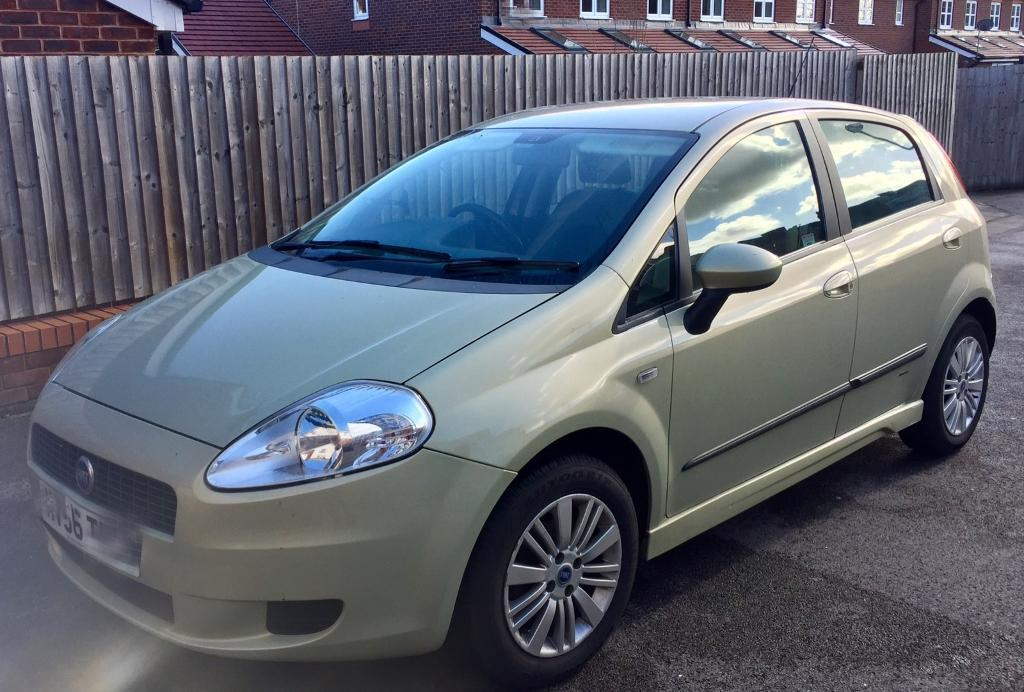 fiat punto grande 1 2 in warrington cheshire gumtree. Black Bedroom Furniture Sets. Home Design Ideas