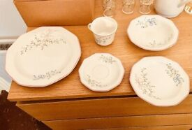 Pre 1998 Serves 16 people - Churchill Chartwell Collection Mille Fleurs Dinner Set Superb Condition