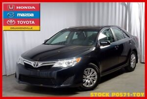 2014 Toyota Camry LE !! Retour de location !! IMPECCABLE