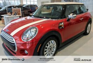 2015 MINI Cooper 3 Door Base